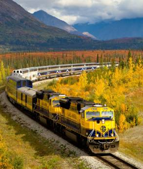 Alaska Railroad stops in Talkeetna within walking distance of Denali Fireside